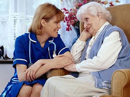Dịch vụ chăm sóc người già tại nhà uy tín, chuyên nghiệp