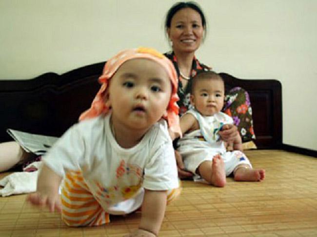 Giúp việc chăm sóc trẻ em tại Ecopark chăm chỉ